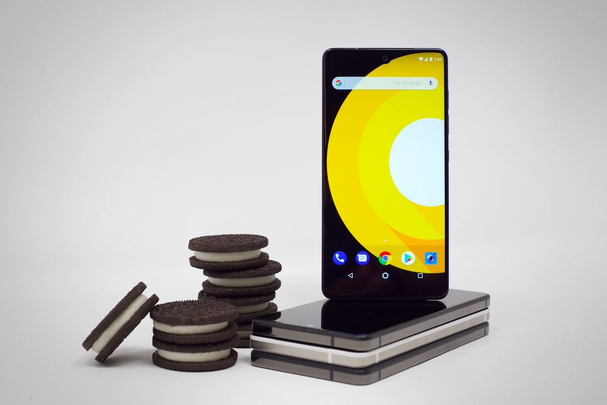 Essential Phone Android 8.0 Oreo