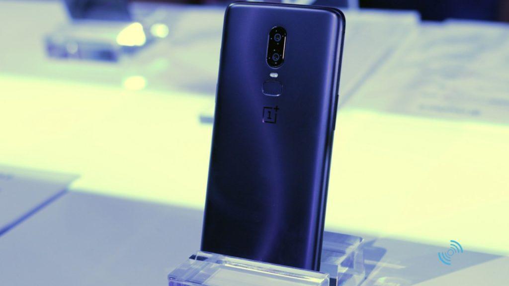 OnePlus 6 Руки на 11
