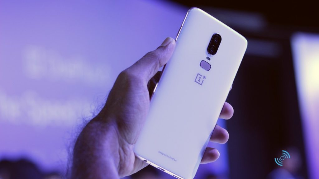 OnePlus 6 Silk White Hands On 08