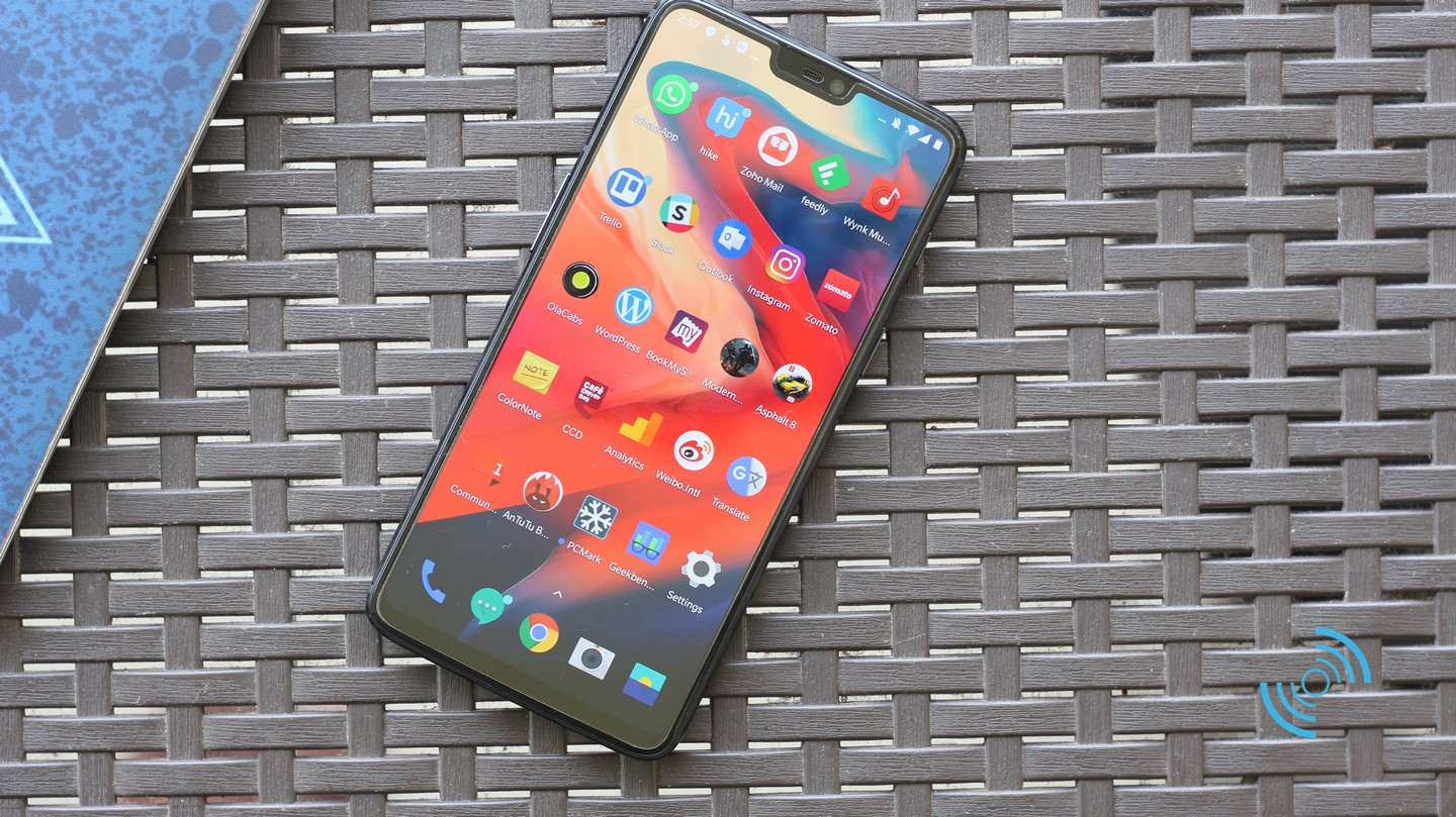 OnePlus 6 in front
