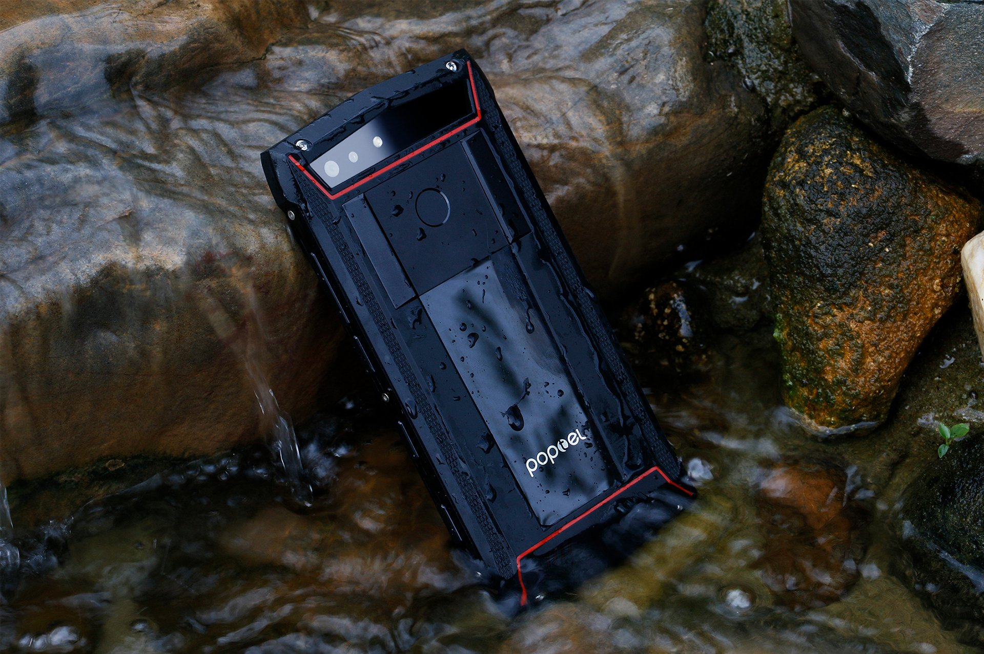 Poptel P60 128GB выходит против Galaxy S8 Active