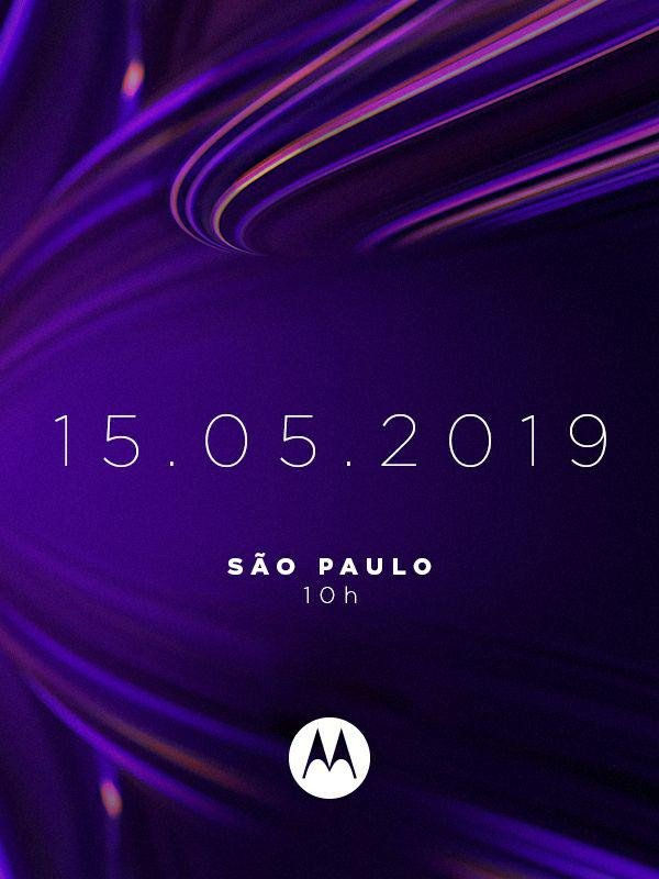 Плакат запуска Moto One Vision