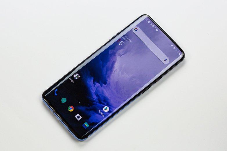 OnePlus 7 полный фронт