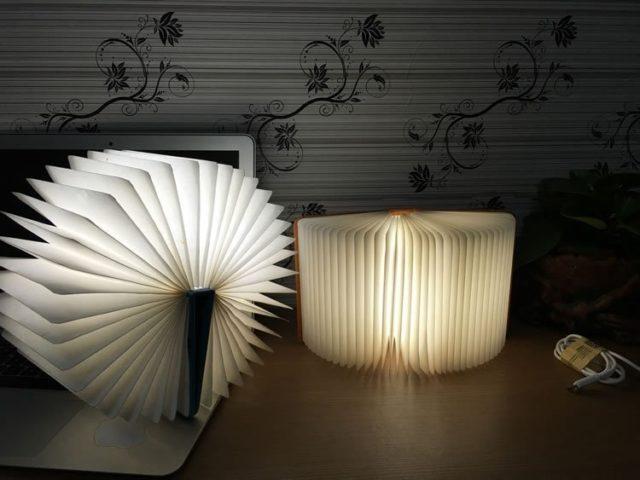 Светодиодная лампа в виде книги