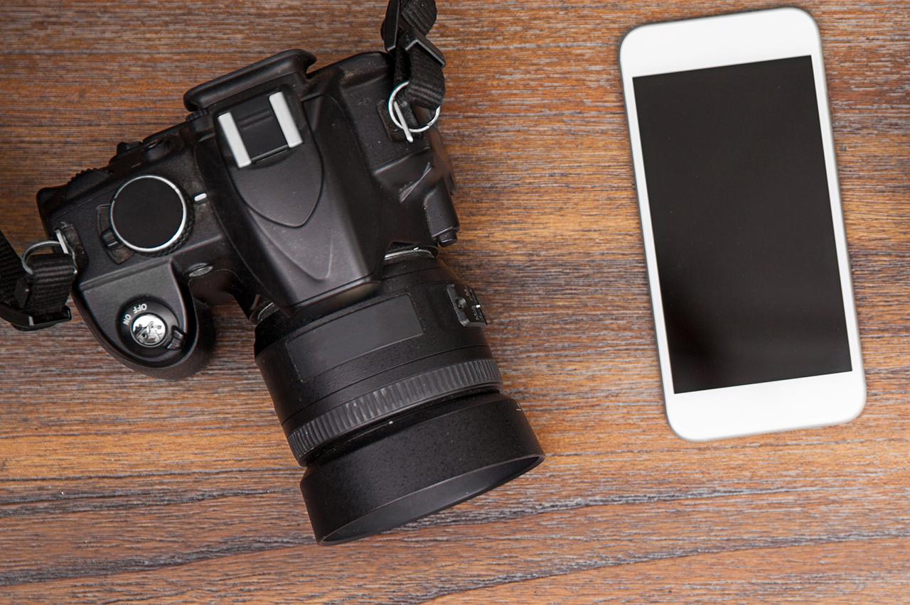 цыфровая камера или смартфон