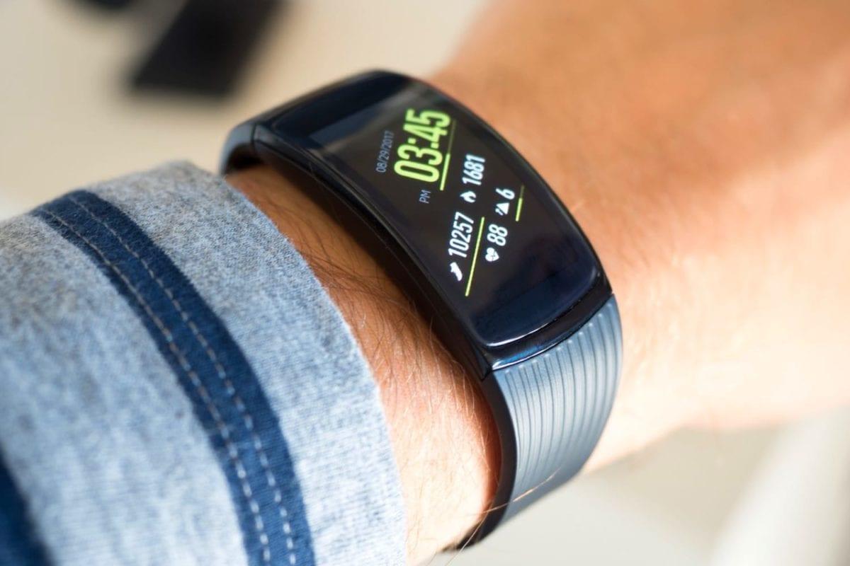 Фитнес-браслет с пульсометром