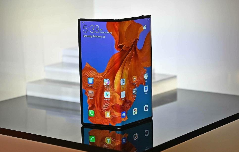 Bescherm uw Huawei Mate X-scherm met het koude seizoen