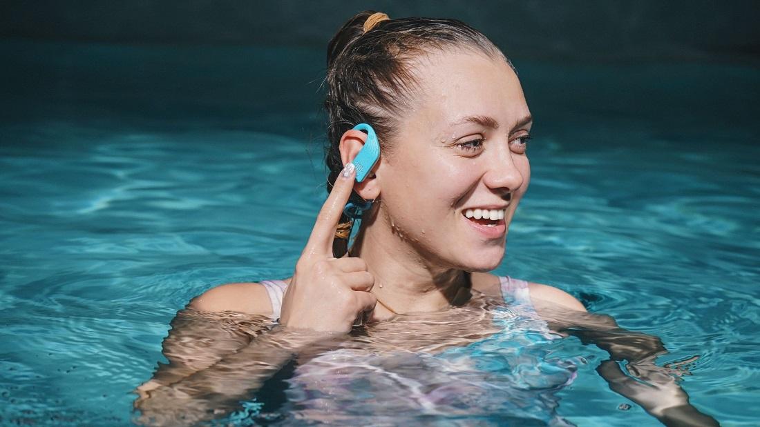 Наушники, в которых можно плавать в бассейне