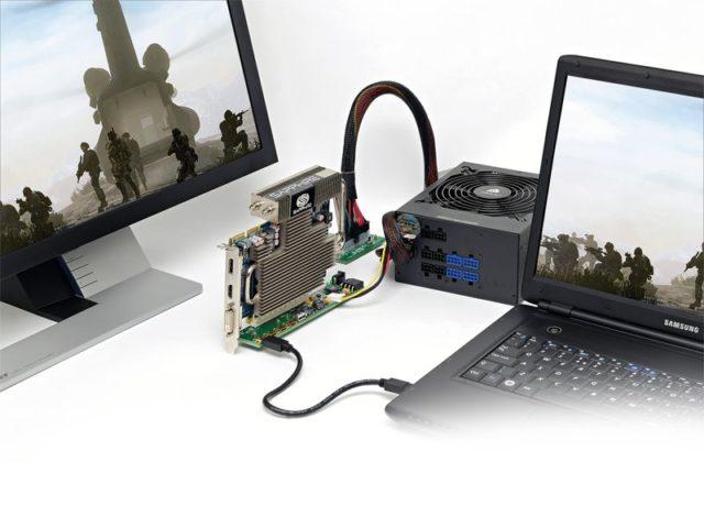 ноутбук с подключенной видеокартой