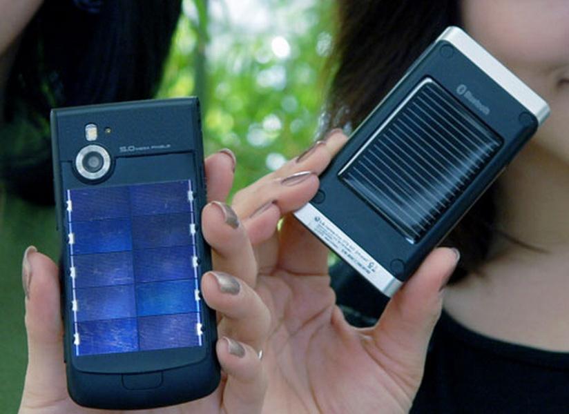 смартфон на солнечной батарее