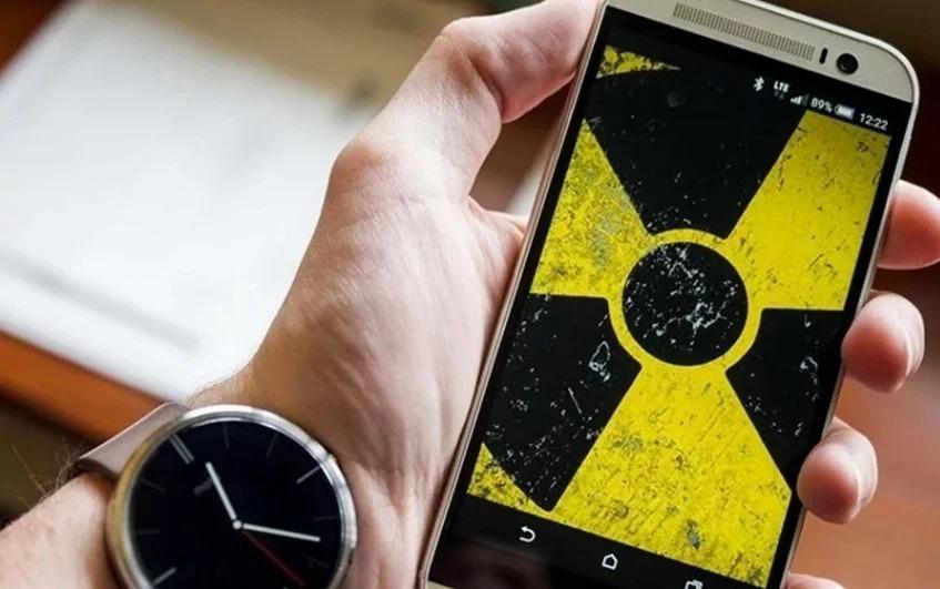 Какие телефоны считаются самыми опасными по причине излучения