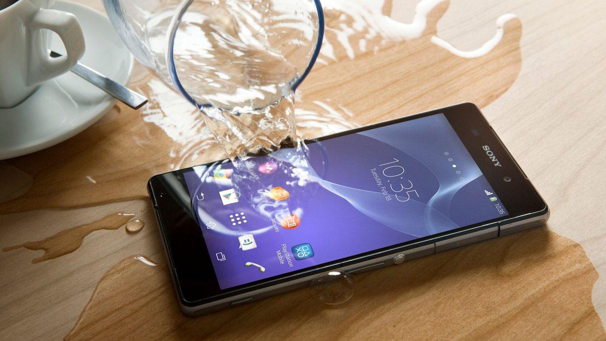 Телефон в воде