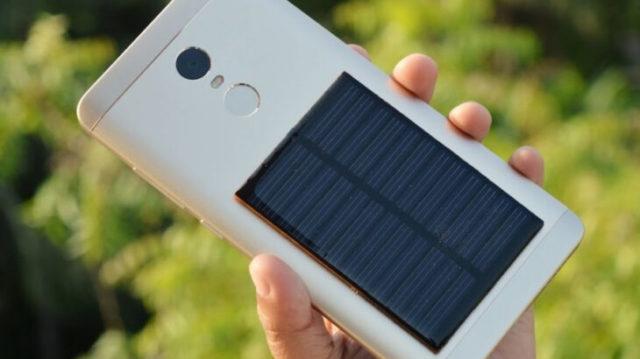 Солнечная батарея для смартфона