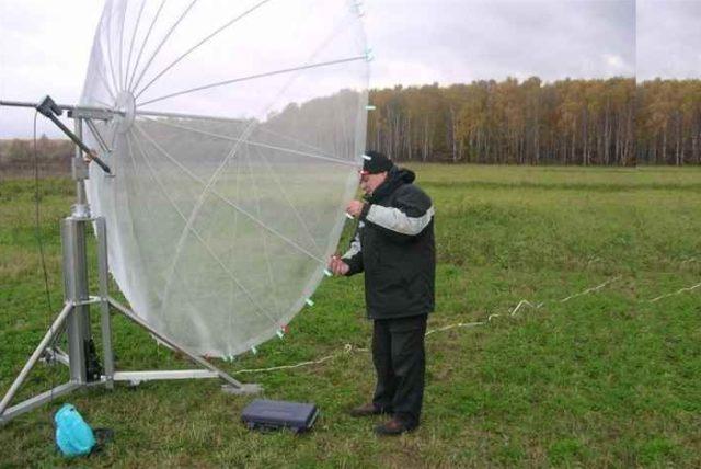 Спутниковая тарелка из зонтика
