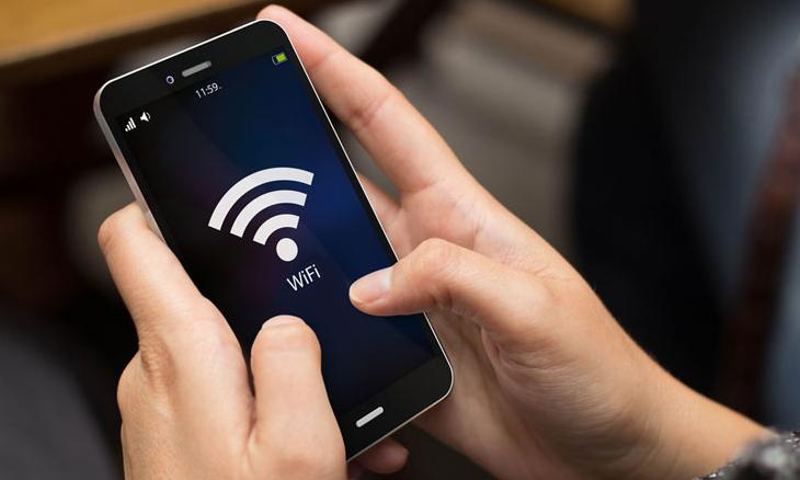 Wi-Fi значок на экране смартфона