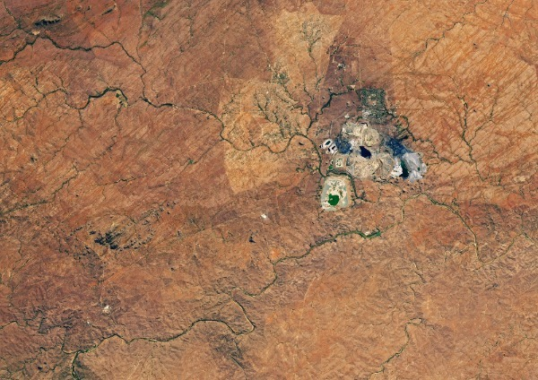 Снимок в Google Maps карьер Палабор