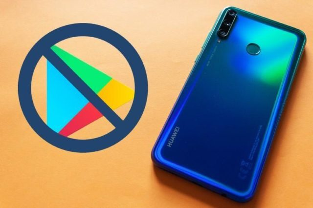 Смартфон Huawei и перечеркнутый значок Google