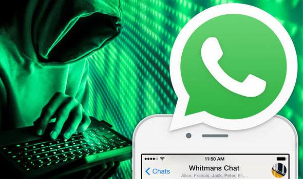 Хакер и значок WhatsApp