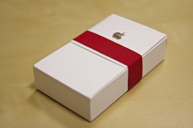 Apple в коробке