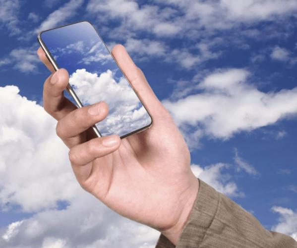 Смартфон и облака