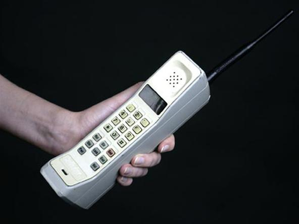 Радиотелефон в руке