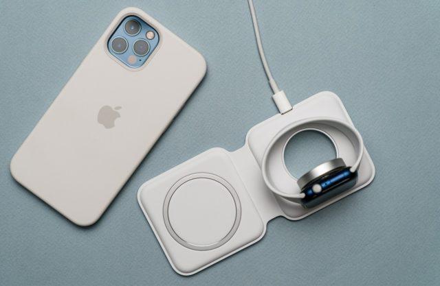 Айфон и MagSafe Duo