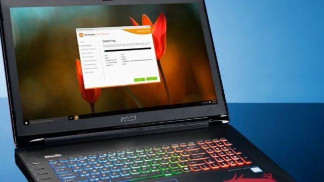Окно Avast на экране ноутбука